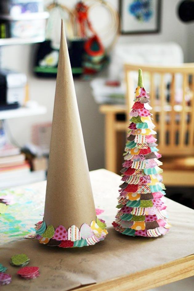 arboles muy coloridos para esta navidad con material reciclado