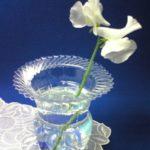 Paso a paso para hacer floreros con botellas de plástico recicladas