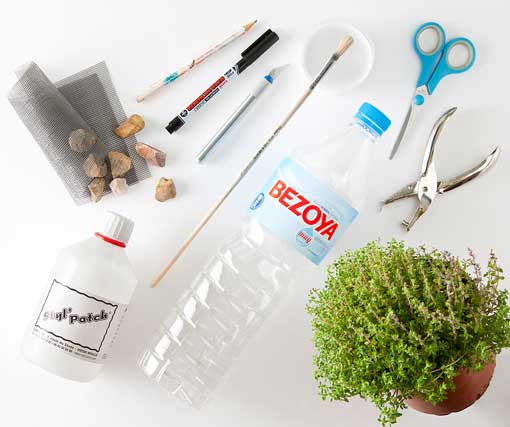 DIY-macetas-con-botellas-de-plastico-decoratrix-materiales-001.jpg.pagespeed.ce.UkXJ_50hGs
