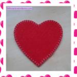 ¡Corazón de fieltro! posa-vasos de amor para una ocasión especial