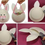 Golosinero divertido con forma de conejo con huevos para las Pascuas
