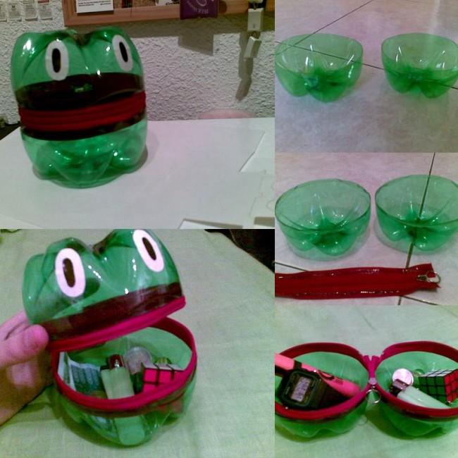 Simpatico sapo guardacosas realizado con materiales reciclados