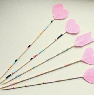 Como Hacer Flechas Romanticas de San Valentin, Manualidades Faciles para Decorar7