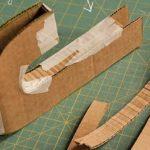 Letras realizadas con cartón y lana color verde: paso a paso