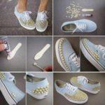 ¿Cómo decorar zapatillas con tachas en color dorado?