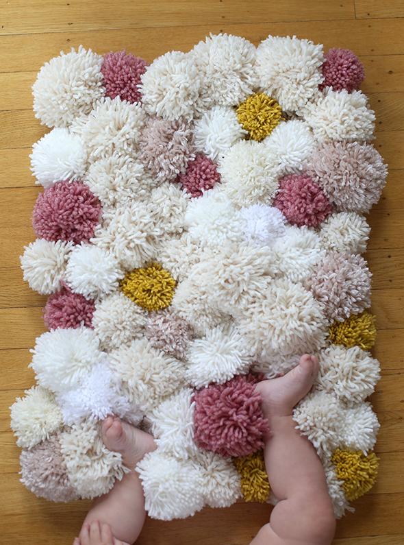 pompomrug14-alfombra-pompom-diy