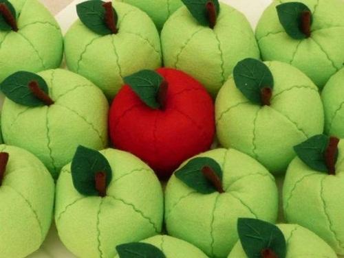 Como-hacer-manzanas-de-fieltro-paso-a-paso2