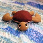 Cómo hacer esta simpática tortuga de fieltro para los pequeños de la casa