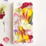 Cómo hacer funda para celulares renovadas con flores naturales